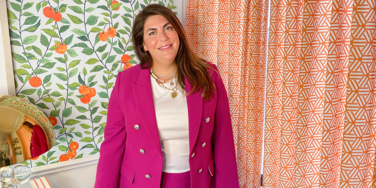 Katie Sturino shares how to copy celebrity outfits on broadcast