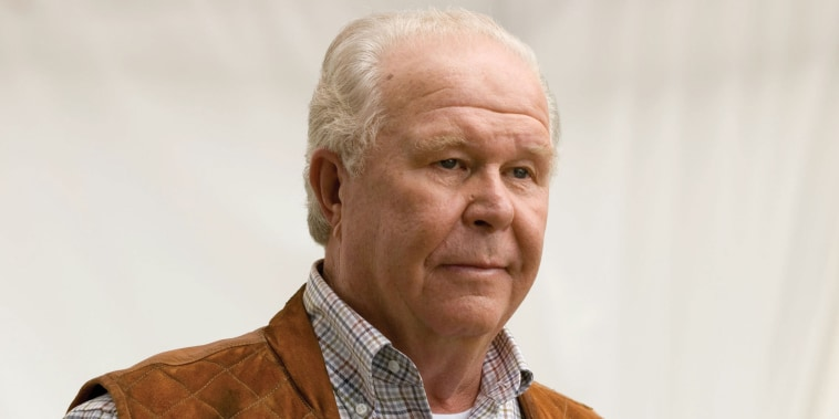 Ned Beatty in Shooter, 2007.