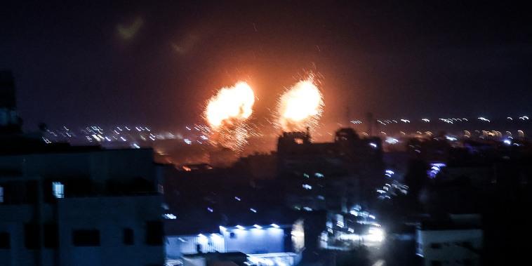 Image: Gaza City explosion