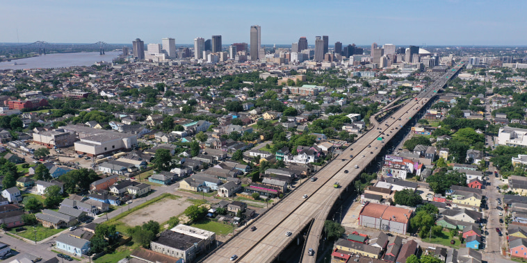 Image: Traffic on the Claiborne Expressway in New Orleans on June 14, 2021.