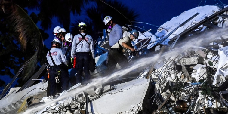 Image: Miami building collapse