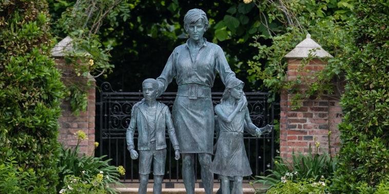 Diana, Princess Of Wales Statue Unveiling At Kensington Palace