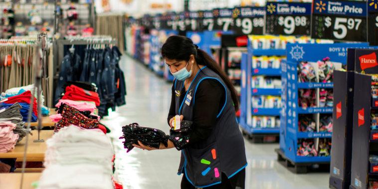 Image: Walmart employee