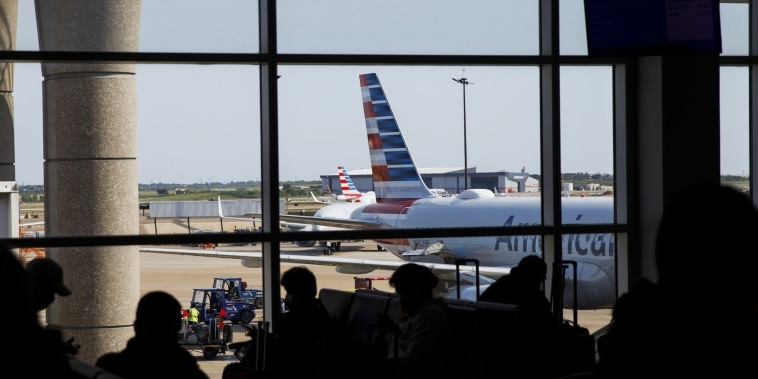 American, United Combine To Cut 32,000 Jobs As Aid Talks Drag On