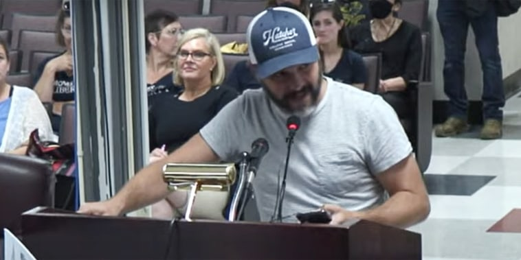 Justin Kanew gave an impassioned speech to the school board of the county in Tennessee where his daughter attends kindergarten.