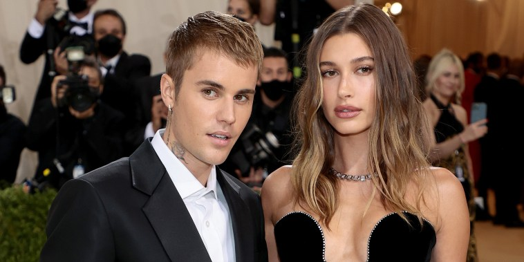Justin Bieber and  Hailey Bieber attend The 2021 Met Gala Celebrating In America: A Lexicon Of Fashion at Metropolitan Museum of Art on September 13, 2021.