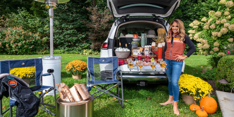 Lifestyle expert Barbara Mijeski joined Hoda & Jenna to share the hottest new trends in outdoor entertainment
