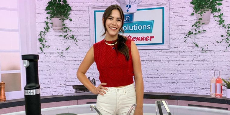 Chef Elena Besser stopped by the 3rd Hour of TODAY to share her top six kitchen tools to help you create your favorite fall dishes