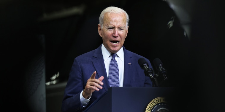 Image: President Biden Delivers Remarks At NJ Transit Meadowlands Maintenance Complex