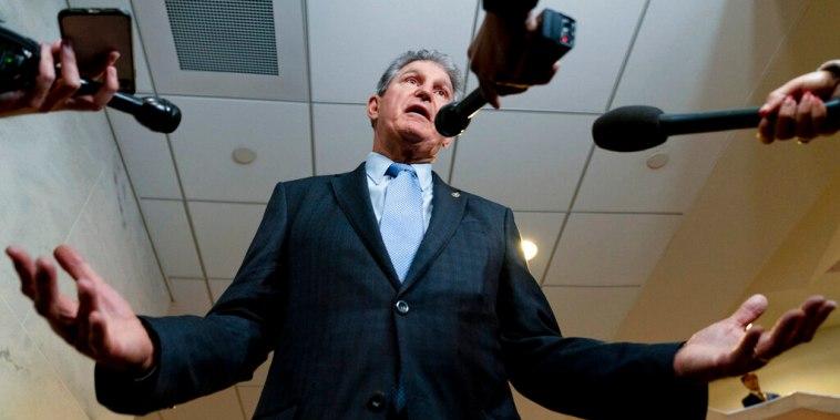 El Senador Joe Manchin, demócrata por West Virginia