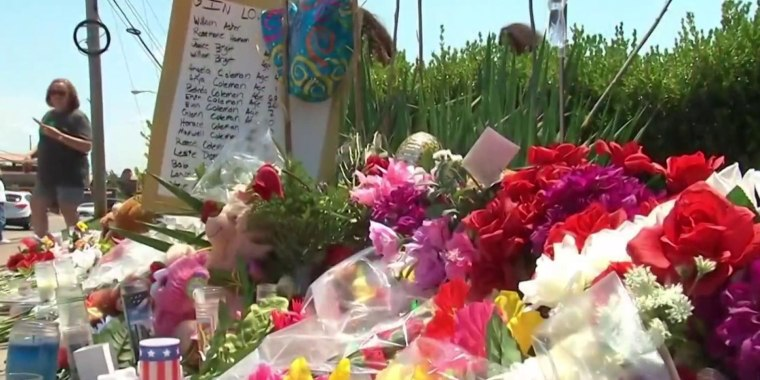 Community remembers 17 lives lost in duck boat tragedy
