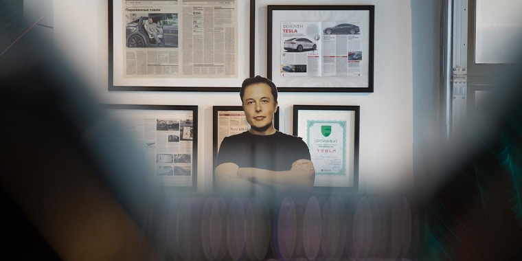 Breaking down Elon Musk's most 'painful' year yet