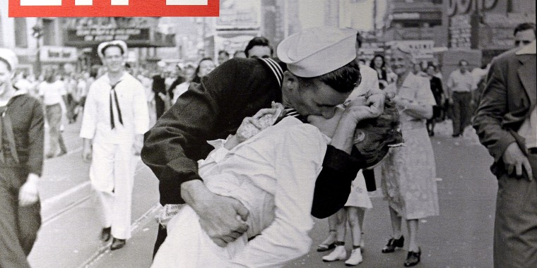 "A display shows the iconic photograph ""VJ Day a Times Square, New York, NY, 1945"" by Alfred Eisenstaedt"