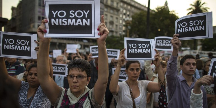 Image: THOUSANDS OF PEOPLE PROTEST AGAINST DEATH OF ATTORNEY ALBERTO NISMAN IN BUENOS AIRES