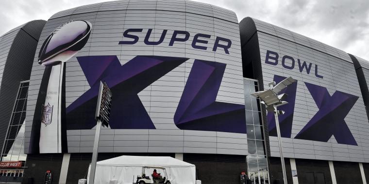 Image: Preparations for Super Bowl XLIX