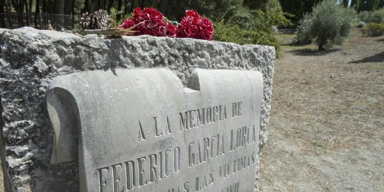 Image: Monolith in honor of Spanish poet Federico Garcia Lorca