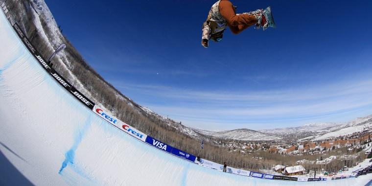 Image: 2016 U.S. Snowboarding Park City Grand Prix - Snowboard Halfpipe Finals
