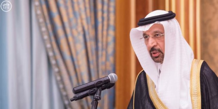 Khalid al-Falih, the new Saudi Minister of Energy, Industry and Mineral Resources Ministry, is sworn in by Saudi King Salman in Riyadh