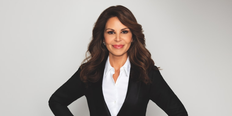 Headshot of media mogul and entrepreneur Nely Gal?n.