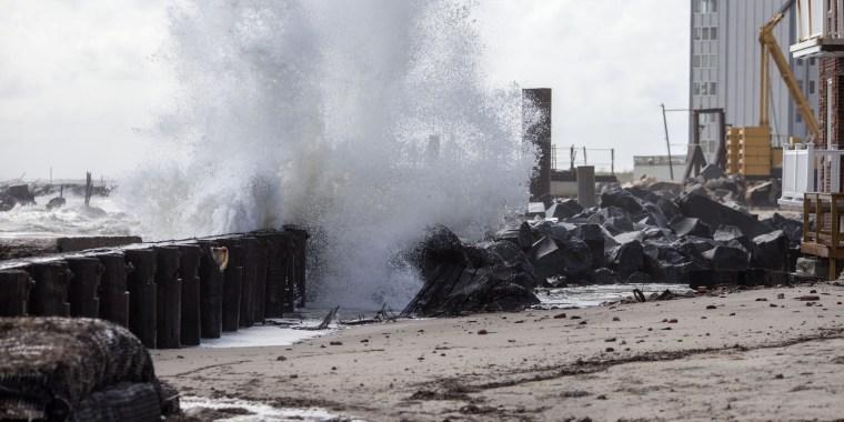 Image: Hermine hits New Jersey coast