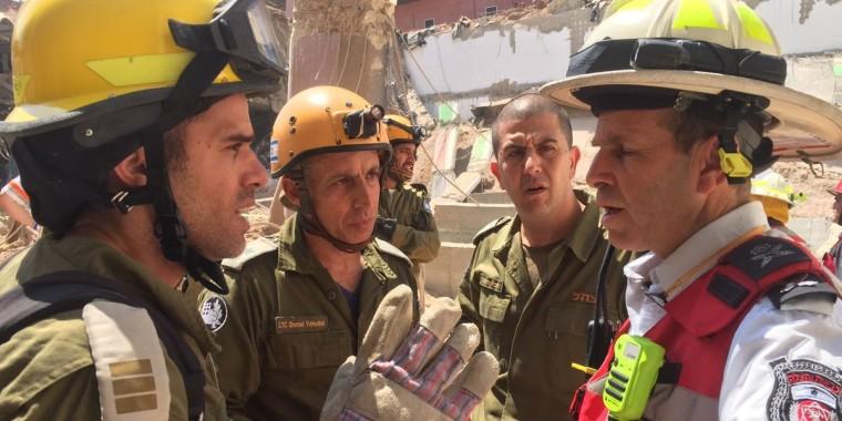 Image: Israeli building collapse