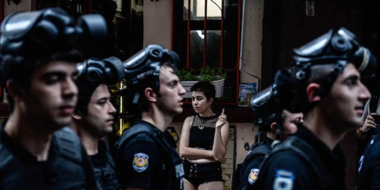 The winning image of Pride Photo Award 2016 depicts 'LGBT Pride Bans in Istanbul' by Turkish photographer Akin Celiktas.