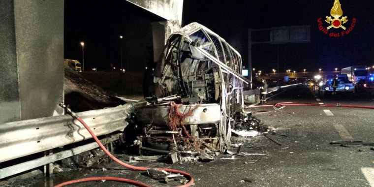 Image: Hungarian bus crash and fire in Verona kills at least 16 people