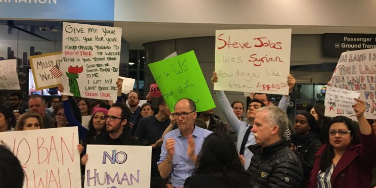 Tom Perez protests Trump's Muslim refugee executive order