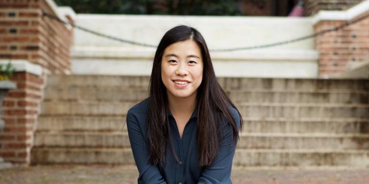 "Jennifer Yu, author of ""Four Weeks, Five People"""