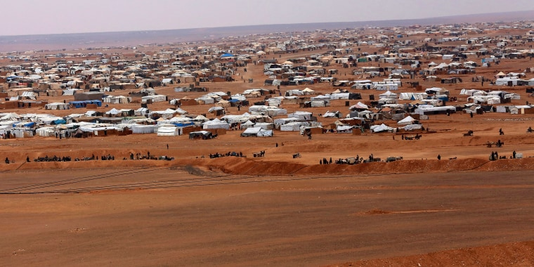 Image: An ariel view of the informal Rukban camp, between the Jordan and Syria borders
