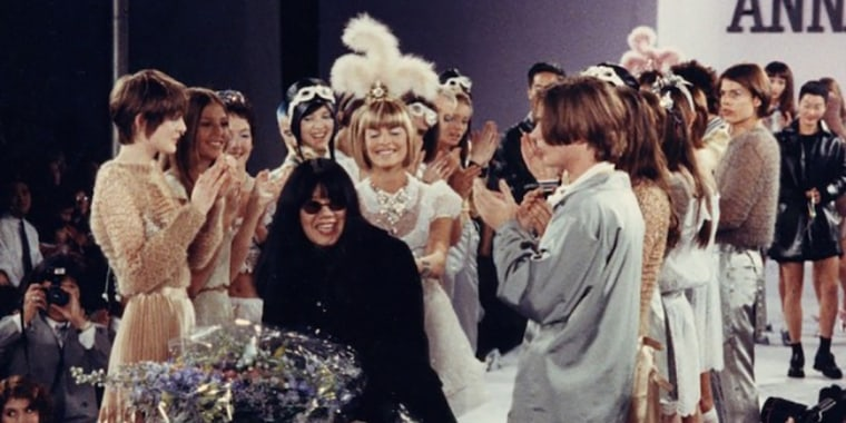 Anna Sui with her models at the conclusion of a 1994 show.