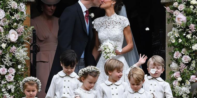Image: Pippa Middleton marries boyfriend James Matthews