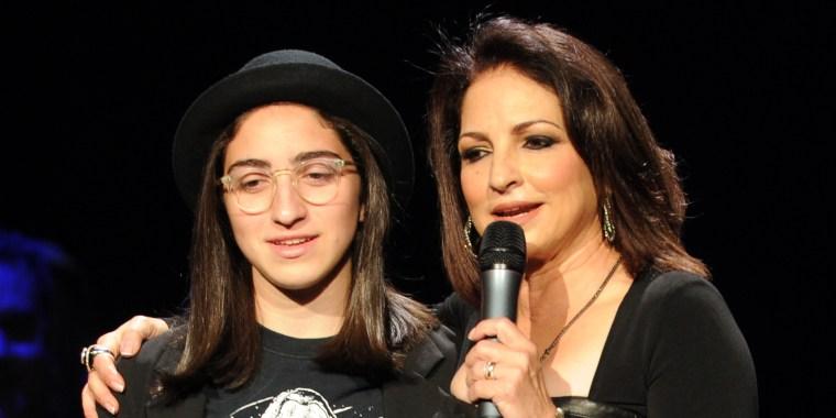 'I Will Miss Her Every Moment': Gloria Estefan Writes of ... Gloria Estefan Family 2013