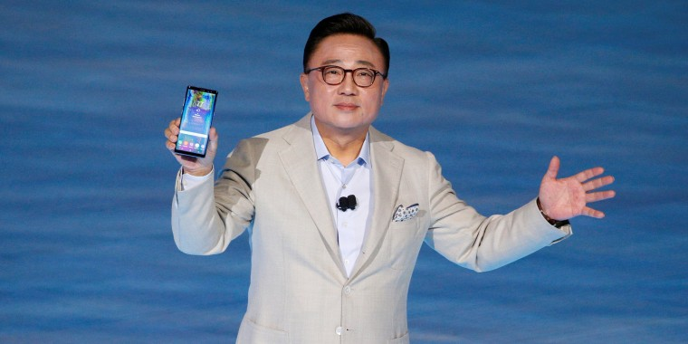 Image: Koh Dong-jin, president of Samsung Electronics' Mobile Communications holds the Galaxy Note 8 smartphone during a launch event in New York City