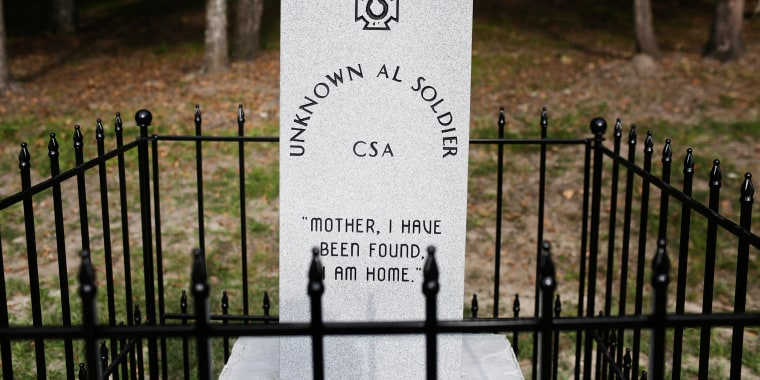 Image: Confederate monument in Brantley, Alabama