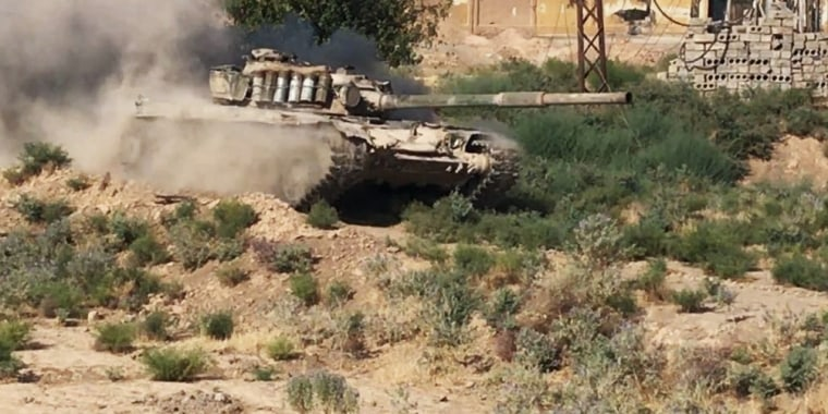 A tank in the Syrian city of Deir ez-Zor where the Syrian army is fighting ISIS.