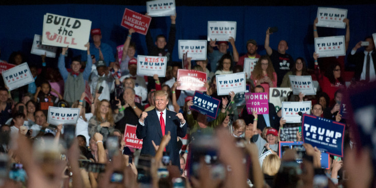 Image: Donald Trump Campaigns In Youngstown, Ohio