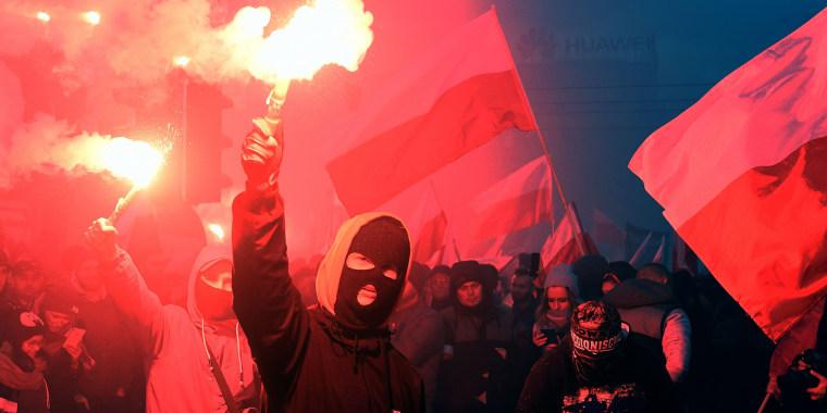Image: Demonstrators in Warsaw, Poland