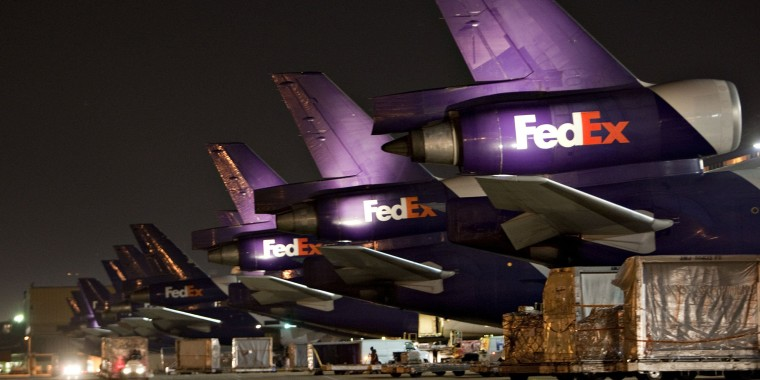 Image: Operations At World's Largest FedEx Hub