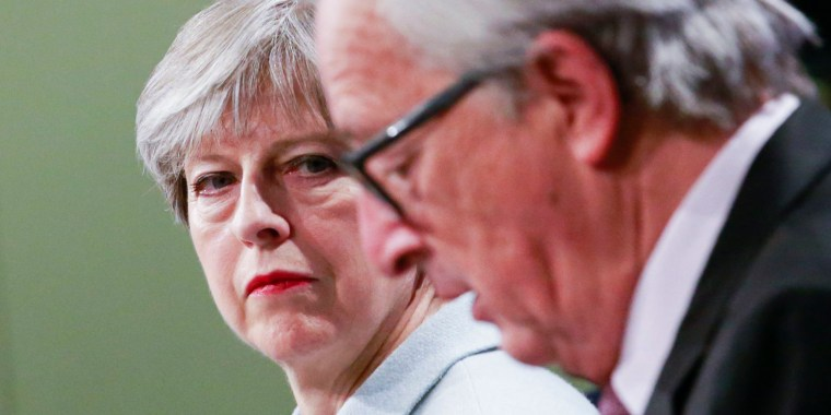 Image: May and Juncker