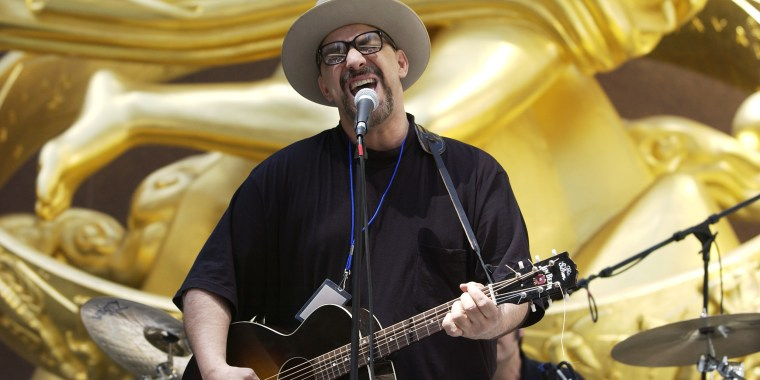 Pat DiNizio of the Smithereens