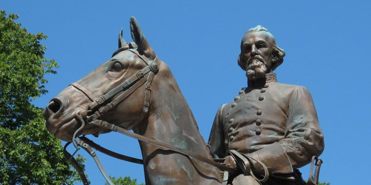 Image: Confederate Gen. Nathan Bedford Forrest Statue