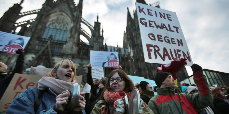 Image: People demonstrate against racism and sexism in Cologne