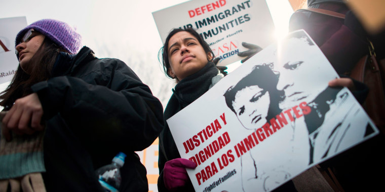 Image: Immigrants and activists protest near the White House