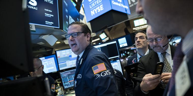 Image: The floor of the New York Stock Exchange