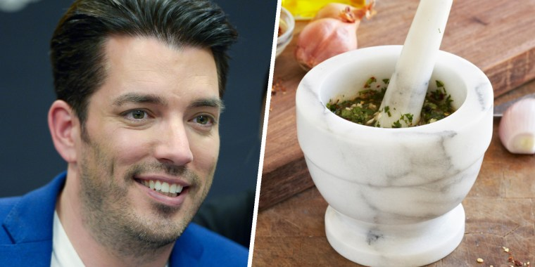 Jonathan Scott and mortar and pestle