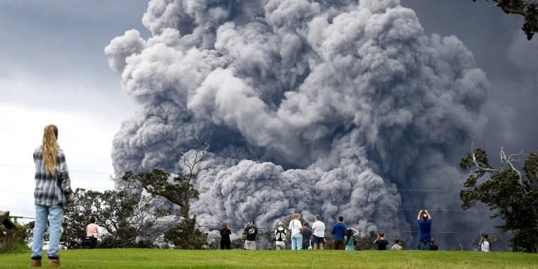 Image: Hawaii's Kilauea Volcano Erupts Forcing Evacuations