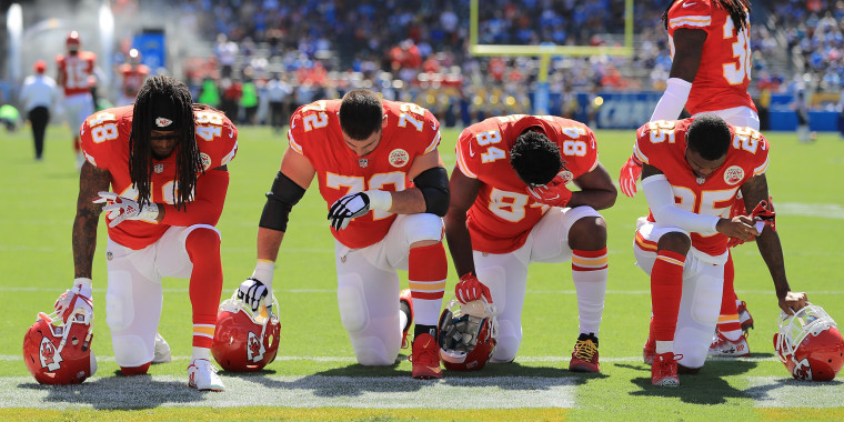 NFL, players agree to suspend controversial anthem policy
