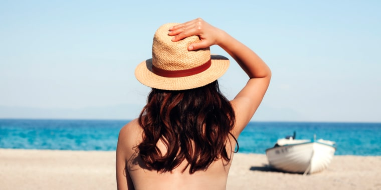 Image: Nude vacationing