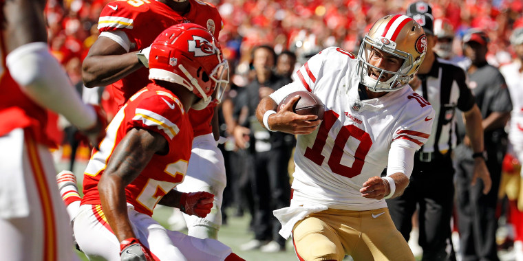 Image: Kansas City Chiefs defensive back Steven Nelson (20) closes in to tackle San Francisco 49ers quarterback Jimmy Garoppolo (10)
